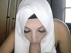 Gorgeous Arab girl in a hardcore fucking action